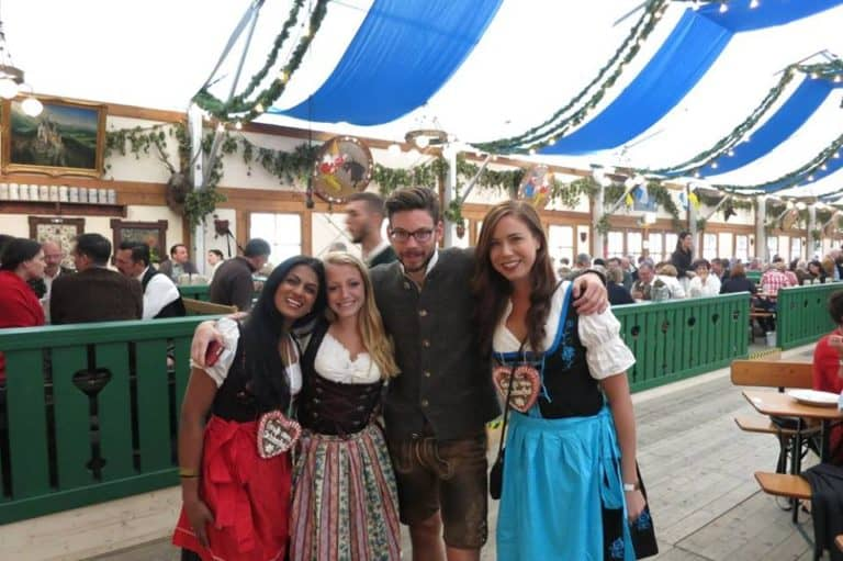What to Wear and What Not to Wear to Oktoberfest in Munich