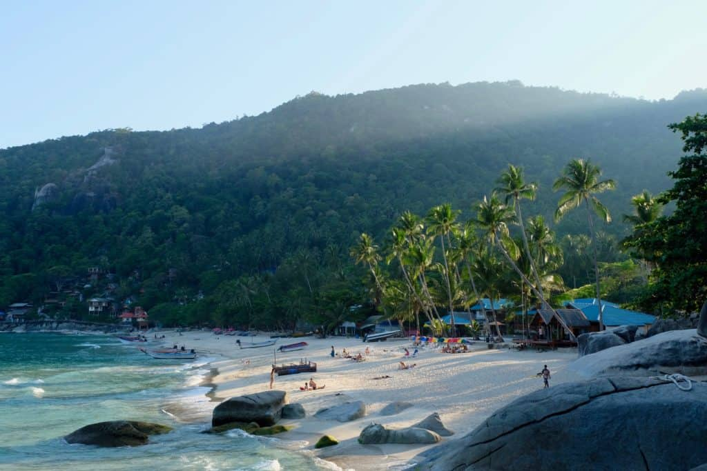 Basic Thai Phrases for your Thailand Vacation