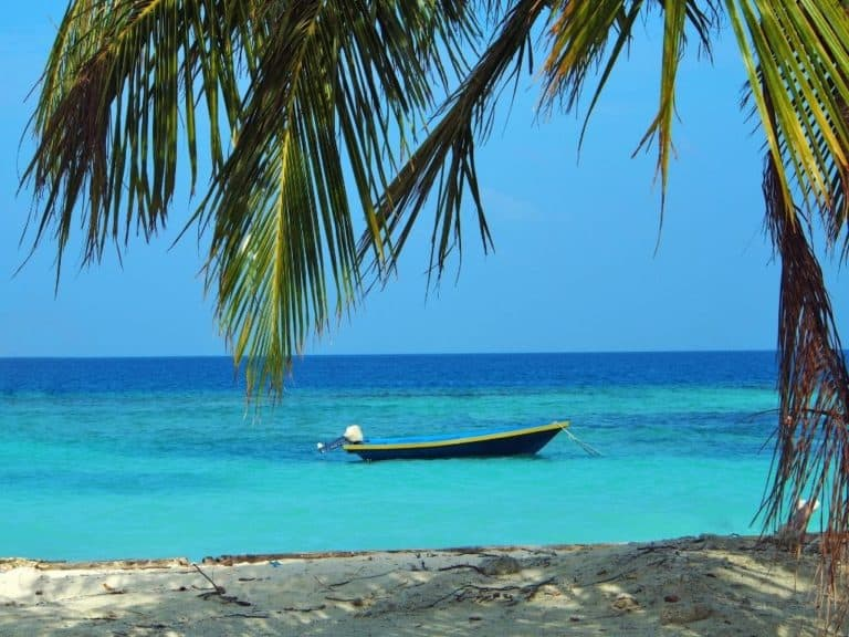 Maafushi Island, Maldives: The Only Guide You'll Ever Need