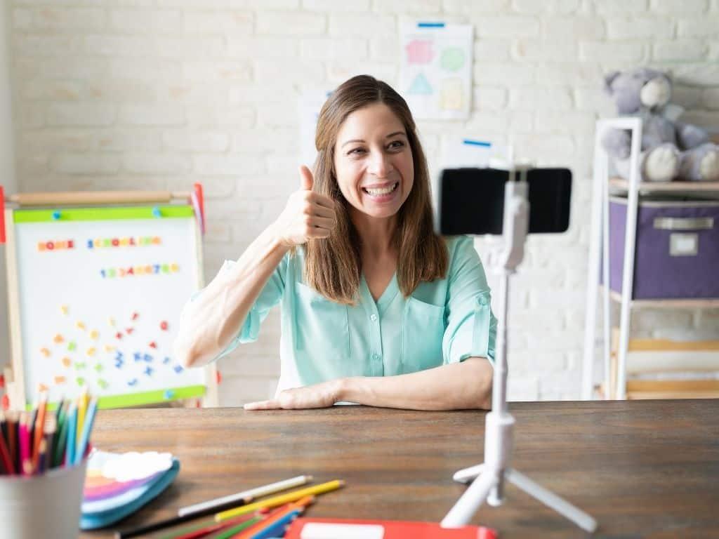 Teach English Online No Degree: 17 Legitimate Companies