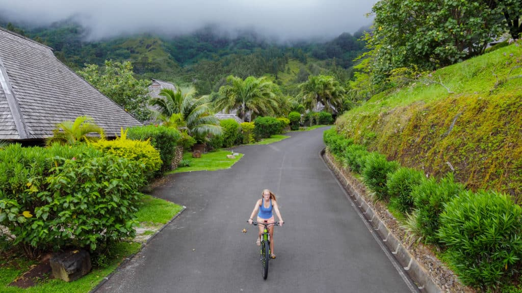 One of the best things to do in Moorea is rent an ebike and explore the land. We rented bikes from eBike Moorea and it was fantastic.