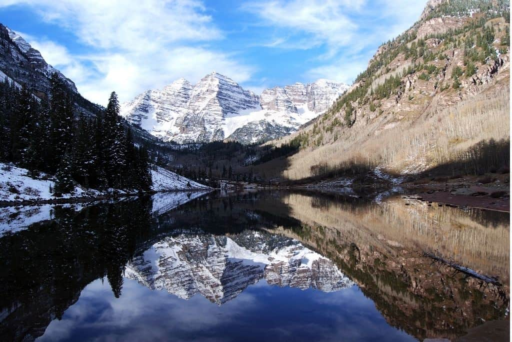 Opt to hike to Maroon Bells in the winter to avoid big crowds