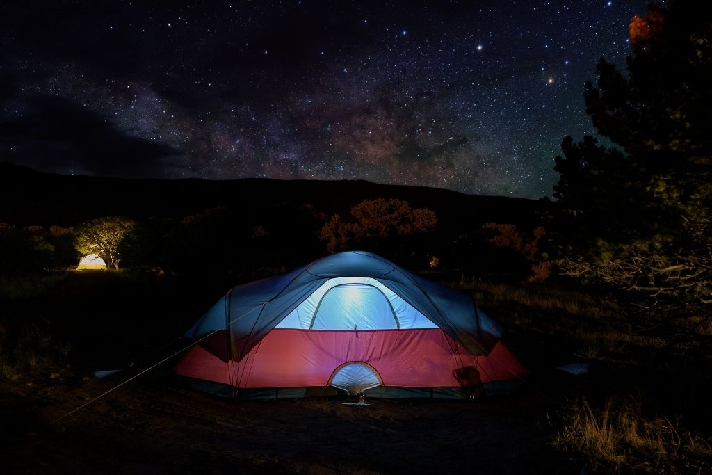 Camping under the stars on a summer night near Bend, Oregon